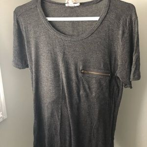 Gray Tee with cute zipper pocket